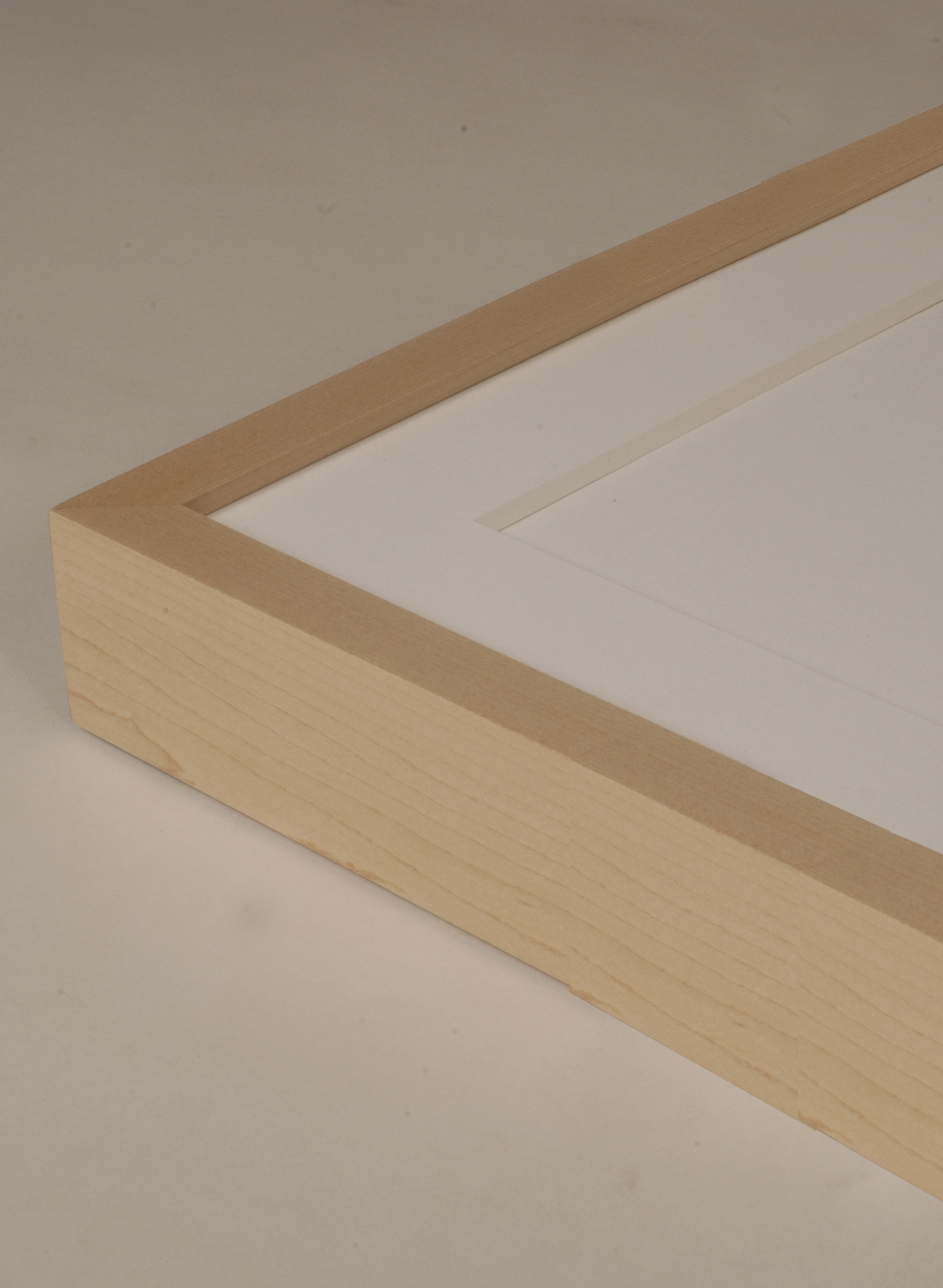 Wood: Maple Finish: 01 Clear Lacquer